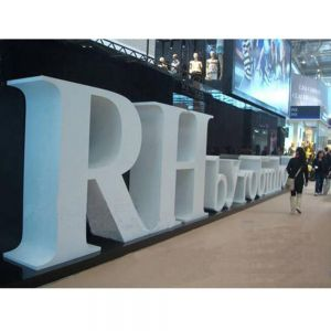 Outdoor Floor-Based Type Double Sided Iron Letters Signs